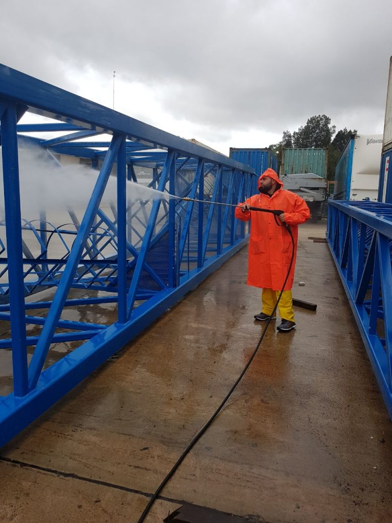 Washing tower crane section